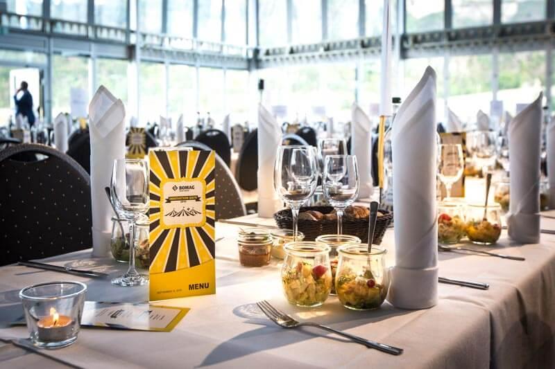 Tischdeko Veranstaltung Jahrmarkt Bomag
